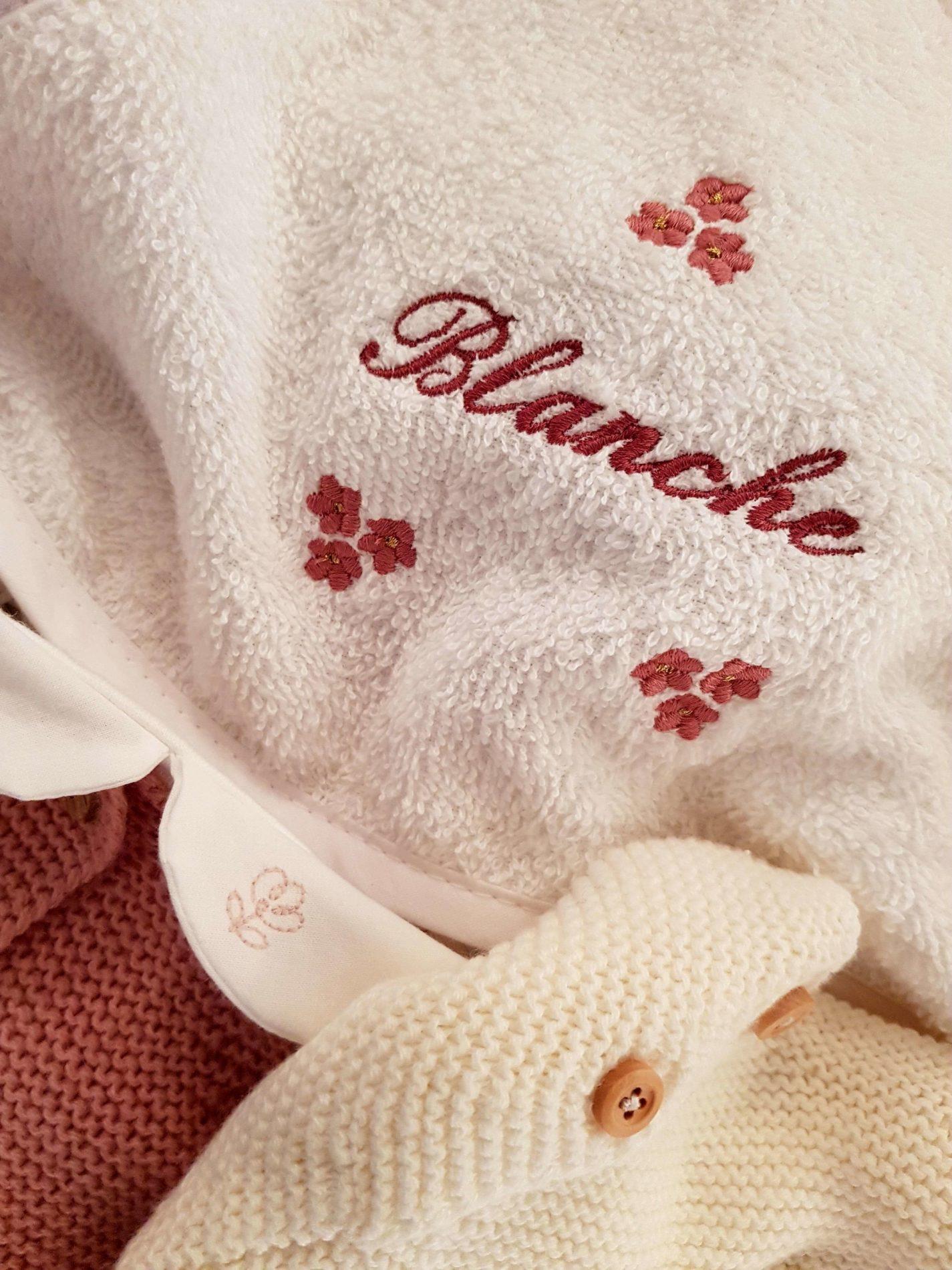 accessoire_blanche_rose_naissance